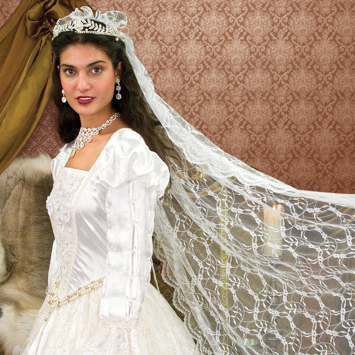 Renaissance Wedding Gown & Veil | Windlass Steelcrafts